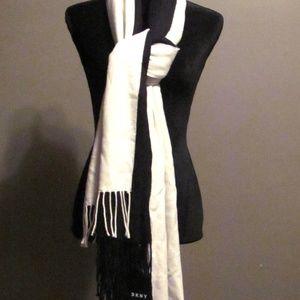 DKNY Black/White Oversize Layered Scarf